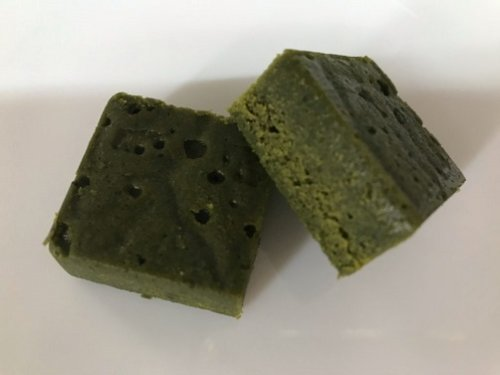 伊藤久右衛門の宇治抹茶ガトーショコラの断面